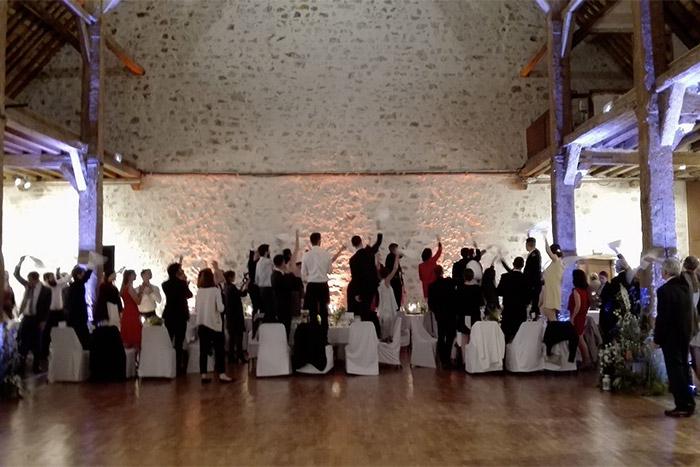 Cac'ophonie vous propose une animation sur-mesure pour célébrer votre mariage dans les meilleures conditions.